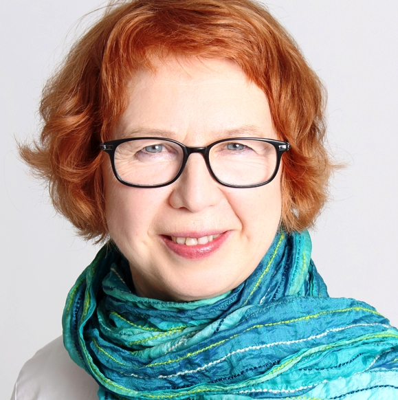 Kouluttaja Erja Lahdenperä, Helsinki Mindfulness